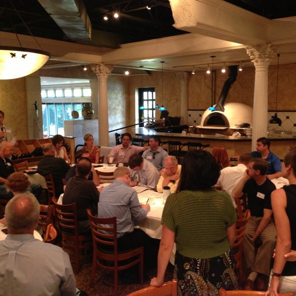 Das Foto wurde bei BRAVO! Cucina Italiana von Cassandra C. am 6/21/2013 aufgenommen
