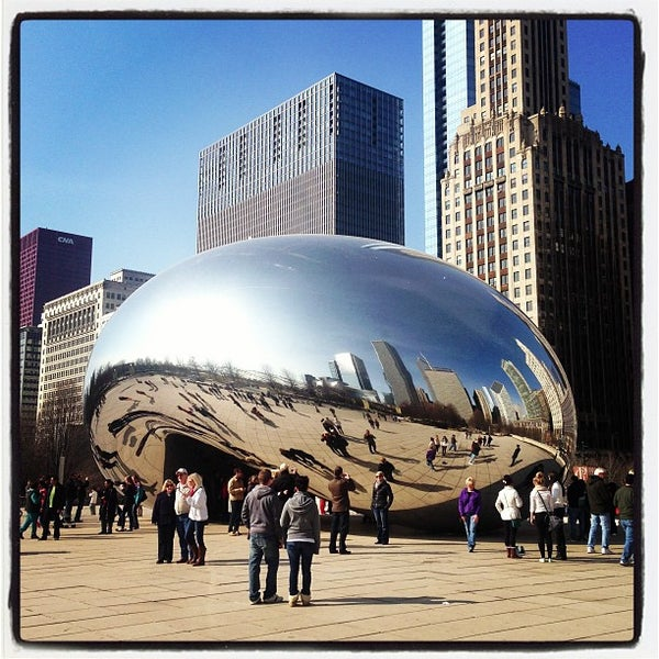 Photo taken at Cloud Gate by Anish Kapoor by Victor F. on 3/30/2013