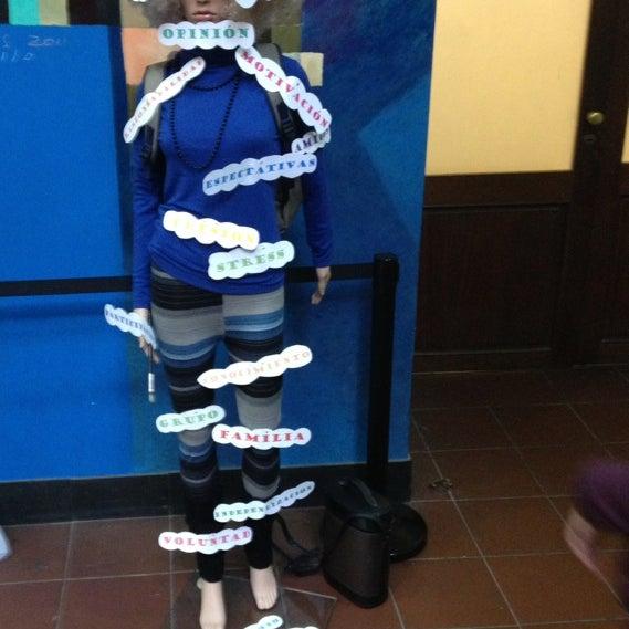 Foto tomada en Facultad de Psicología - Udelar por Karen S. el 6/28/2014