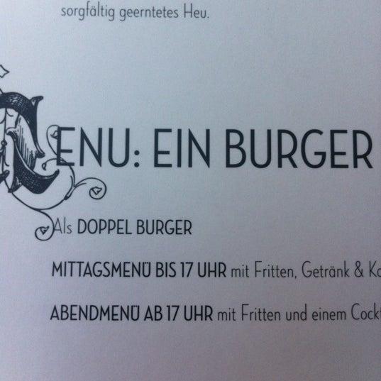 Photo taken at Hans im Glück - Burgergrill by Till W. on 9/26/2012