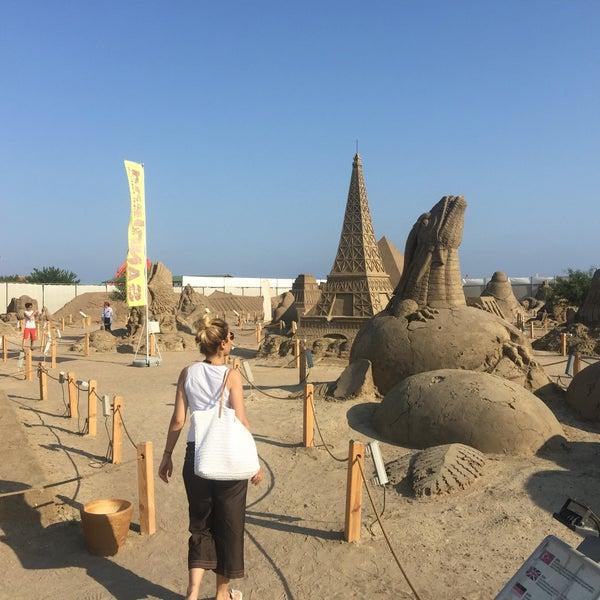 7/25/2017 tarihinde Hayri K.ziyaretçi tarafından Sandland'de çekilen fotoğraf