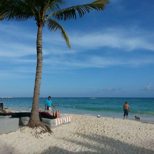 Foto tomada en Kool Beach Club por Clau S. el 11/1/2013