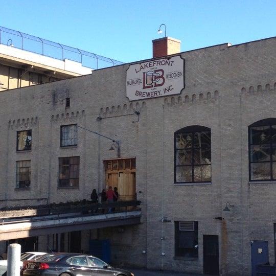 Photo prise au Lakefront Brewery par Eilish T. le11/24/2012