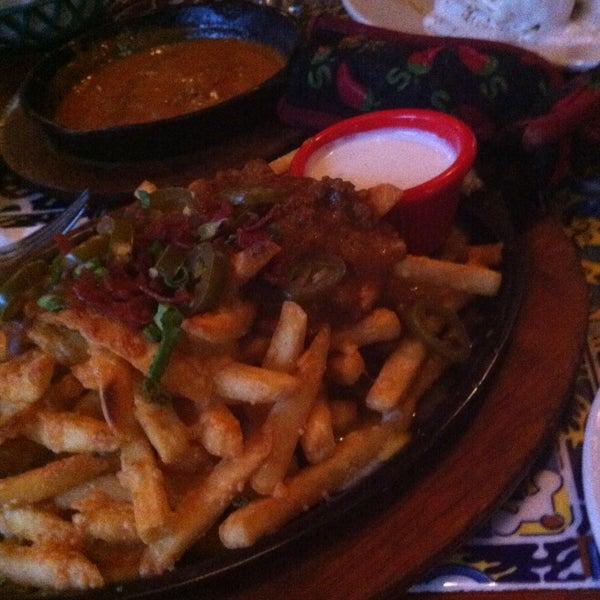 Photo taken at Chili's by Majdi B. on 5/3/2013
