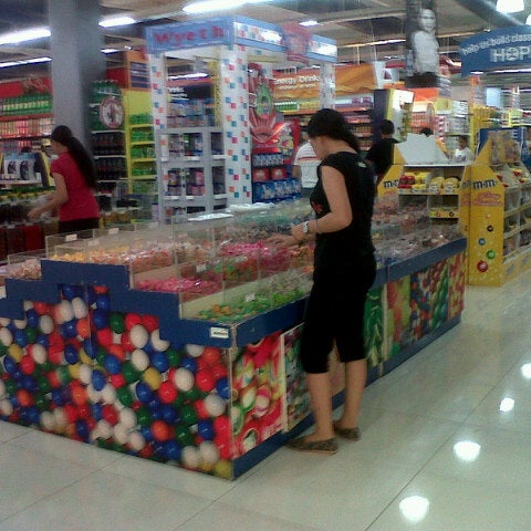 Photo taken at Shopwise by Rizza M. on 9/28/2012
