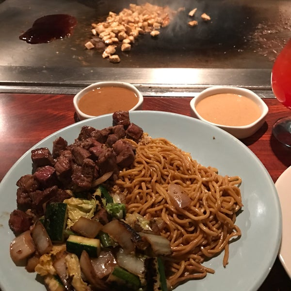 Photo taken at Mt. Fuji Japanese Steak House by Marty N. on 12/28/2016