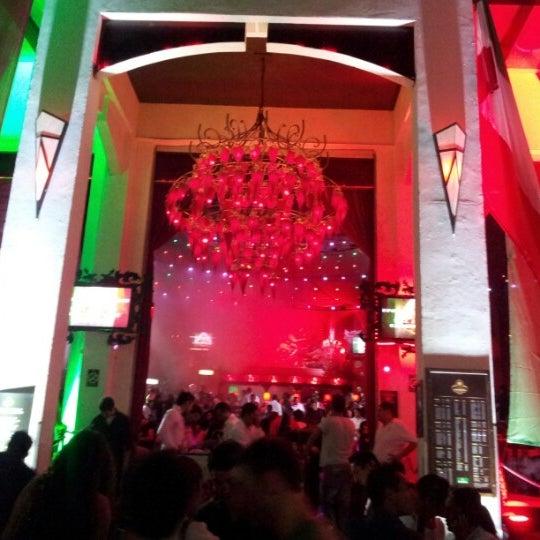 Foto tomada en Mandala por Rafa B. el 9/16/2012
