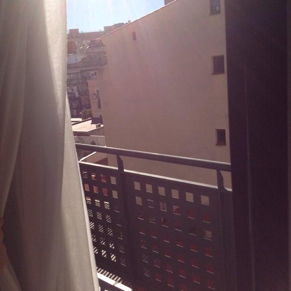 Foto tomada en Hotel Arc La Rambla por Elizaveta G. el 2/7/2014