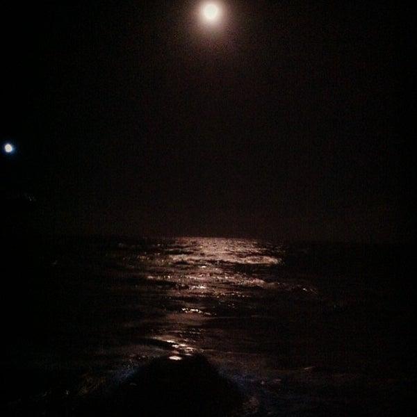 Foto tirada no(a) Praia de Guaxuma por Paula A. em 2/25/2013