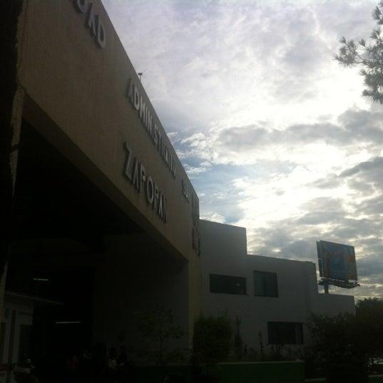 Foto tomada en Unidad Administrativa Las Aguilas por ROTORELLO el 10/1/2012