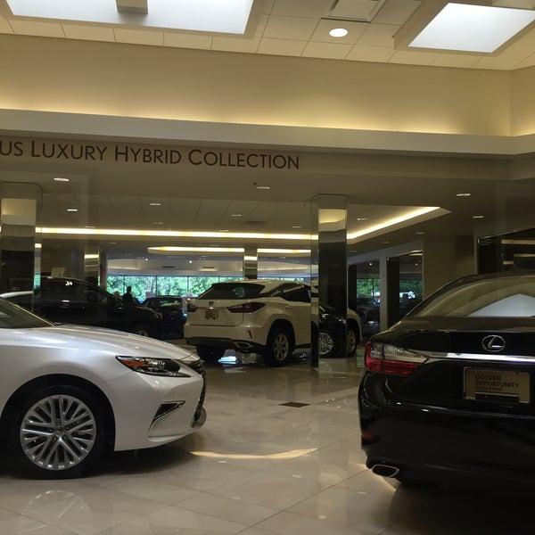 Lexus Of Brookfield - Auto Dealership