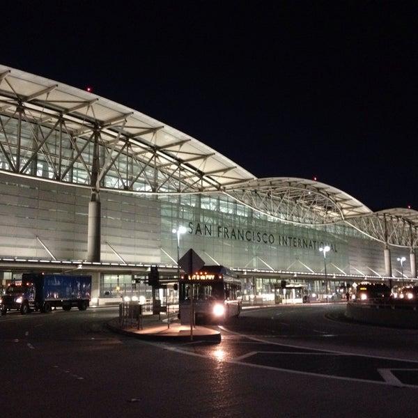 Photo taken at San Francisco International Airport (SFO) by Jenni Lynne L. on 10/4/2013