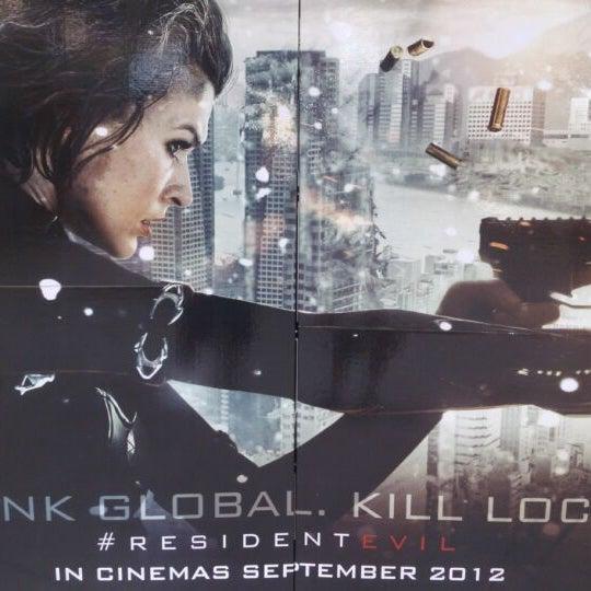 Photo taken at Big Cinemas by 德禮昂 on 9/19/2012