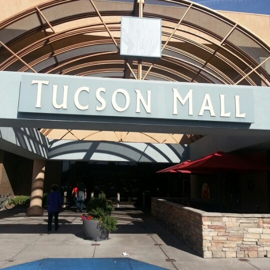 View an interactive 3D center map for Tucson Premium Outlets® that provides point-to-point directions along with an offline mall map.