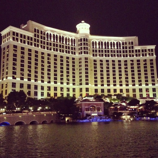 Photo prise au Bellagio Hotel & Casino par Evgesha K. le7/21/2013