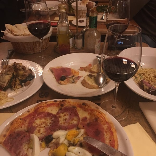 Best of Milano.  They serve great taste with perfection.  Best Italian cuisine in Milano.  Don't forget to make a reservation in advance.  Food, Service, Wine, everything is perfect.