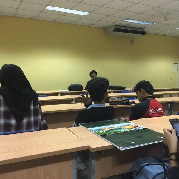 Photo taken at Universiti Teknologi MARA (UiTM) by Adlyna T. on 3/17/2016