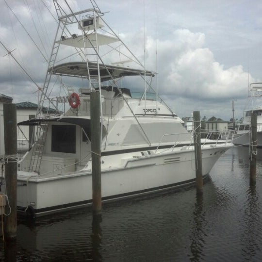 Zeke 39 s landing 4 tips from 328 visitors for Captain mike s fresh fish seafood