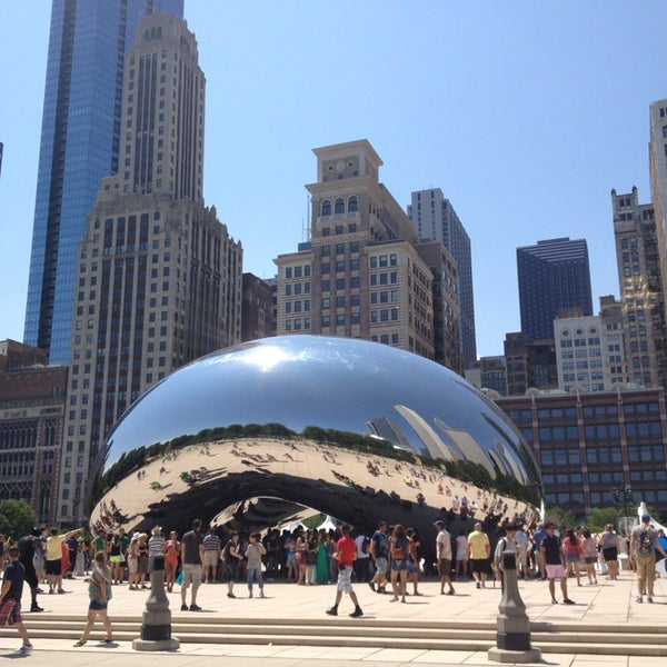 Photo taken at Cloud Gate by Anish Kapoor by Silvia D. on 7/20/2013
