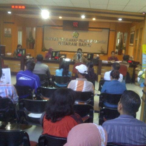 Photo taken at Kantor Pelayanan Pajak Pratama Mataram Barat by SUPRIYANTHO K. on 5/20/2014