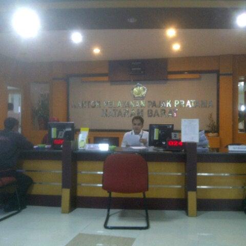 Photo taken at Kantor Pelayanan Pajak Pratama Mataram Barat by SUPRIYANTHO K. on 3/9/2015