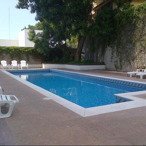 Foto tomada en Hotel Río Vista Inn por Angel L. el 10/6/2012