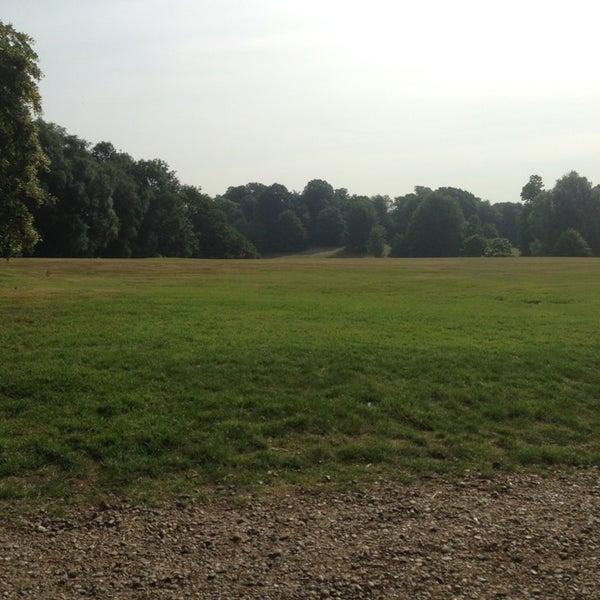7/16/2013 tarihinde Boaz T.ziyaretçi tarafından Hampstead Heath'de çekilen fotoğraf