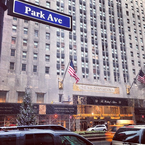 Photo taken at Waldorf Astoria New York by Justin T. on 12/29/2012