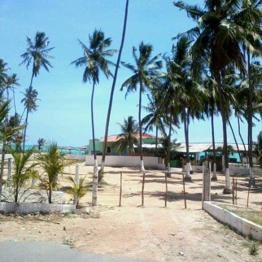 Foto tirada no(a) Praia Mirante da Sereia por Max S. em 12/23/2012