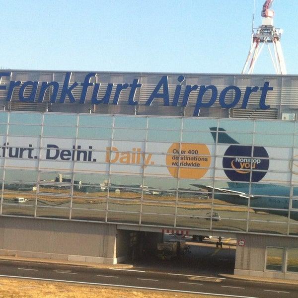 Das Foto wurde bei Frankfurt Airport (FRA) von Caroline L. am 7/21/2013 aufgenommen