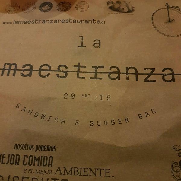 Foto tomada en La Maestranza Sandwich & Burger Bar por Roberto A. el 10/15/2016