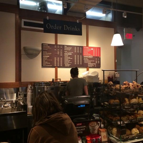 Photo taken at Peet's Coffee & Tea by JP on 11/18/2014