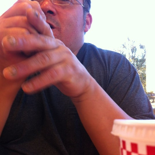 Photo taken at Five Guys by Dee-Jay G. on 11/14/2012