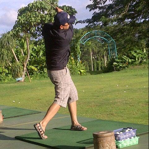 1/27/2013 tarihinde Ika N.ziyaretçi tarafından Pondok Indah Golf & Country Club'de çekilen fotoğraf