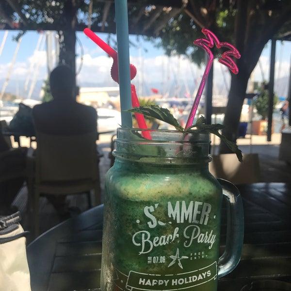 7/28/2017 tarihinde Duygudyg A.ziyaretçi tarafından Mod Yacht Lounge'de çekilen fotoğraf