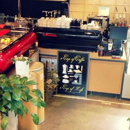 11/9/2013에 살찐고양이 미.님이 Experimental Coffee Bar by SAANG에서 찍은 사진