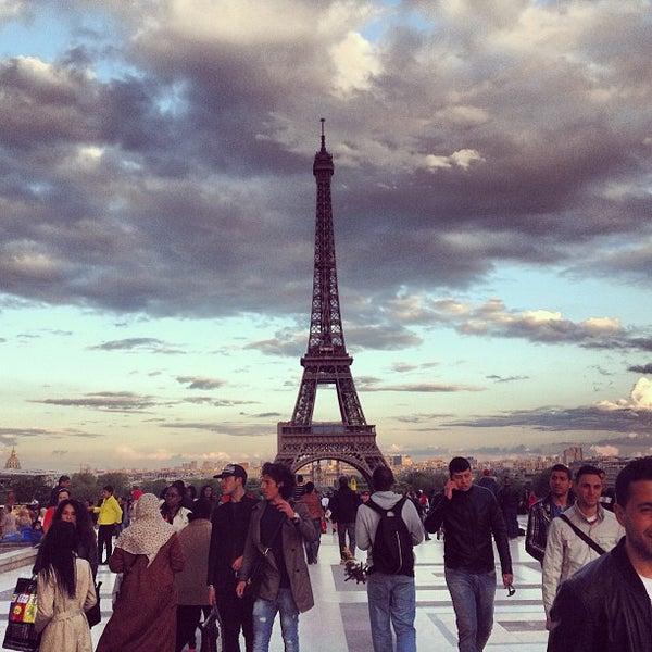 Photo prise au Place du Trocadéro par Anton S. le5/10/2013