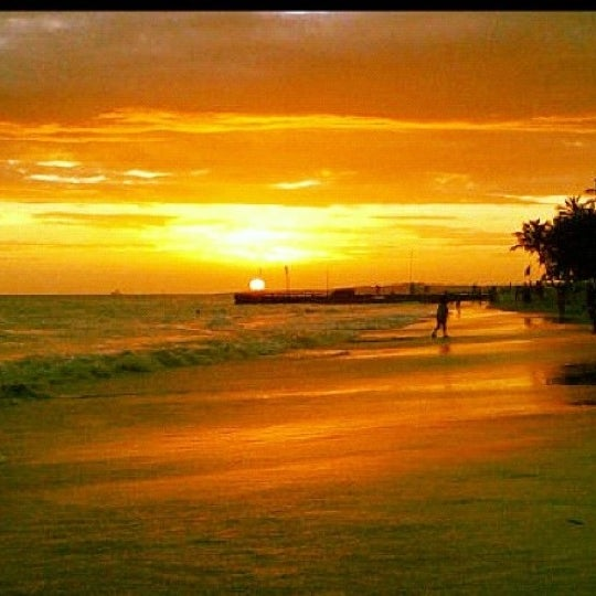 Photo taken at Playa El Yaque by Jp E. on 10/12/2012
