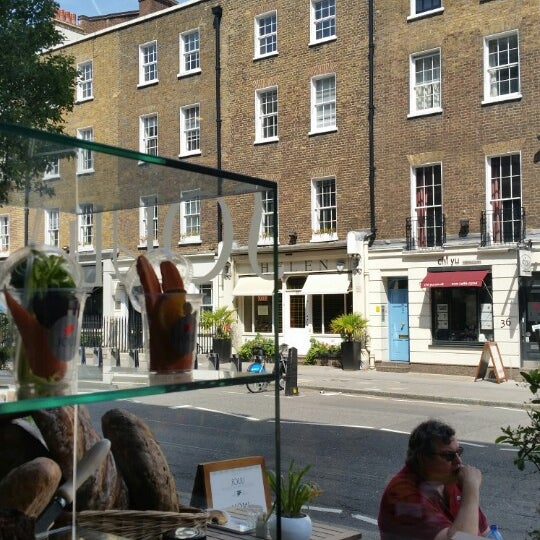 Cool Places In London For Lunch: Café In Marylebone