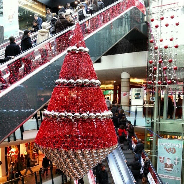 Photo taken at City 2 Shopping Mall by Robert v on 12/24/2012