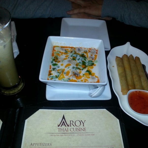 Aroy thai cuisine 16 tips from 408 visitors for Aroy thai cuisine menu