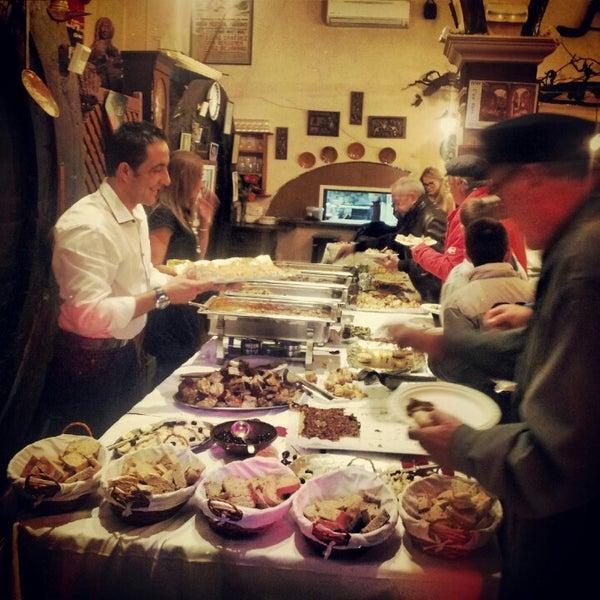 Foto tomada en Celler La Parra por Cati el 11/30/2012