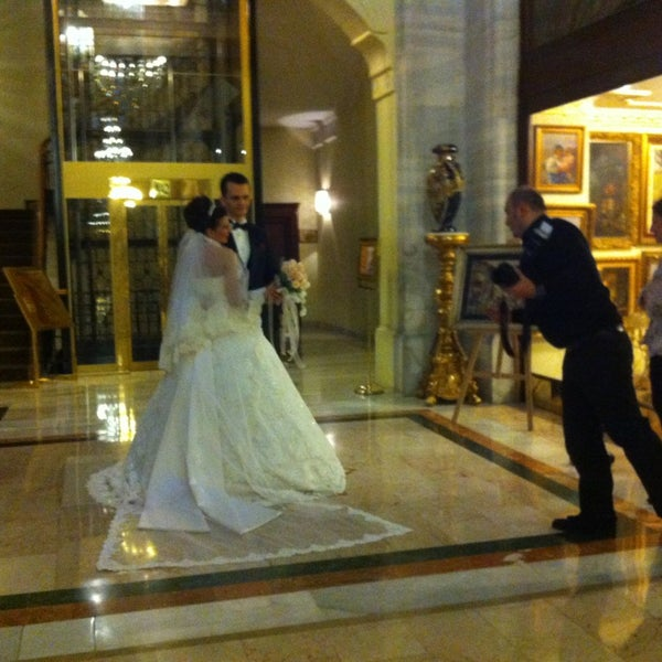 3/16/2013 tarihinde Stephanie B.ziyaretçi tarafından Legacy Ottoman Hotel'de çekilen fotoğraf