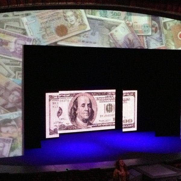 Foto tirada no(a) Teatro Aldama por Pony R. em 2/22/2013