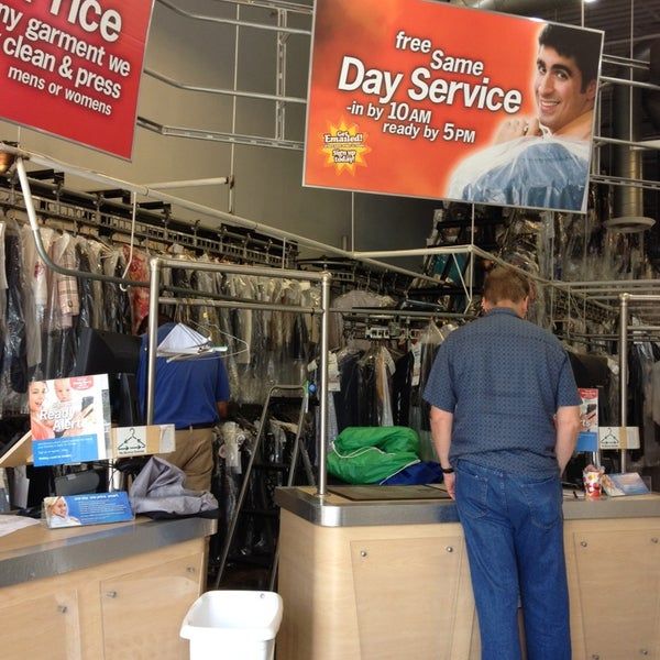 cd one price cleaners dry cleaner in niles. Black Bedroom Furniture Sets. Home Design Ideas