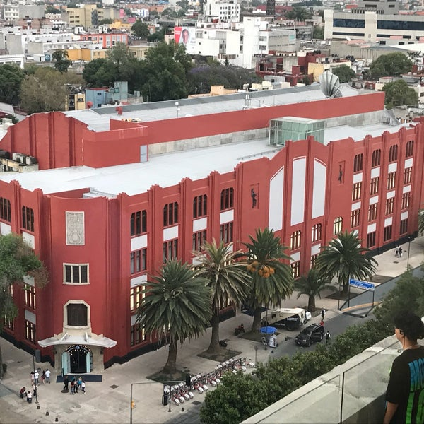 Das Foto wurde bei Mirador Monumento a la Revolución Mexicana von Lauiv M. am 4/15/2018 aufgenommen
