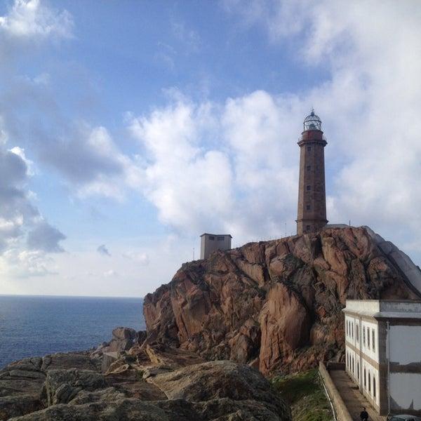 Foto tomada en Faro de Cabo Vilán por Judith el 4/20/2014