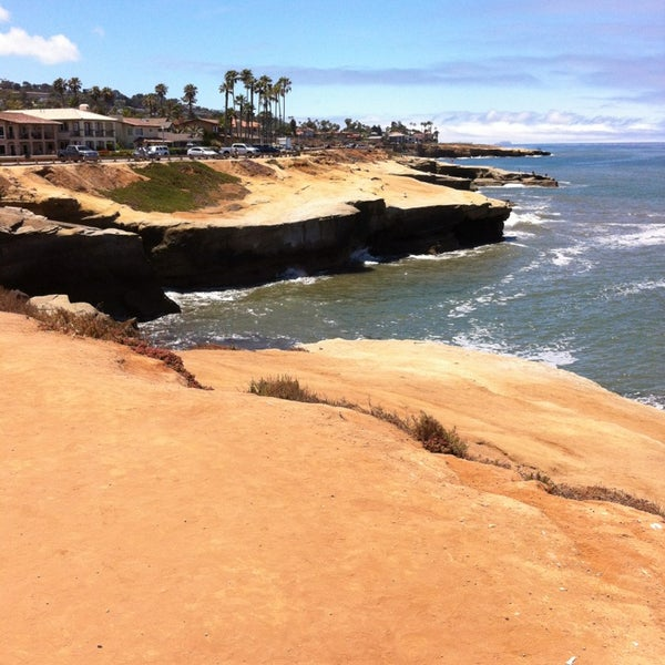 Foto tirada no(a) Sunset Cliffs Natural Park por Anthony M. em 6/24/2013