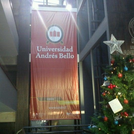 Foto tomada en Universidad Andrés Bello por Marcos G. el 1/3/2013