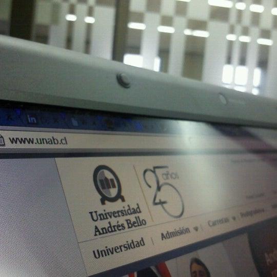 Foto tomada en Universidad Andrés Bello por Marcos G. el 7/3/2013